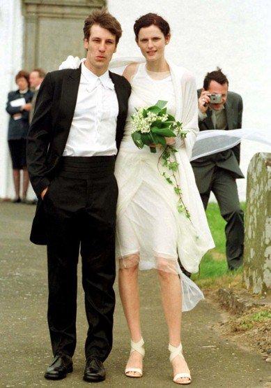 Stella-Tennant-Wearing-Helmut-Lang-June-1999